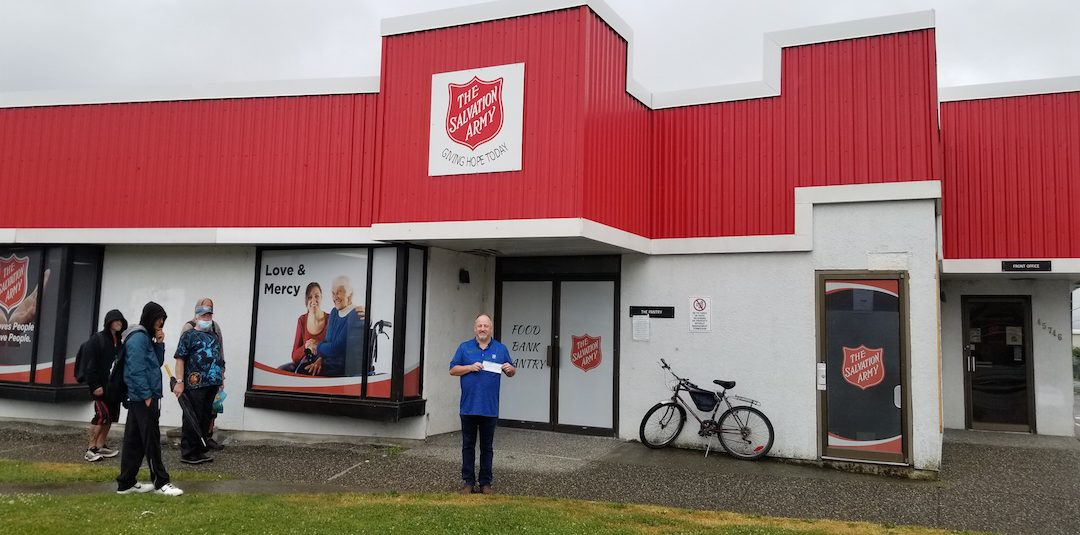 Vehicle Donation Results In $2000 Cheque for Salvation Army